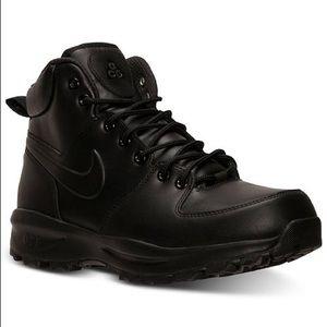 NIB Nike Black Manoa Leather Boots Size 9